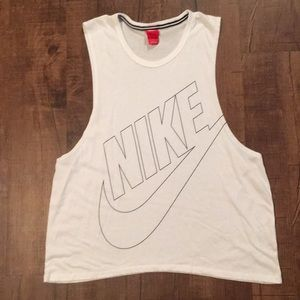 Women's Large Nike Muscle Tank